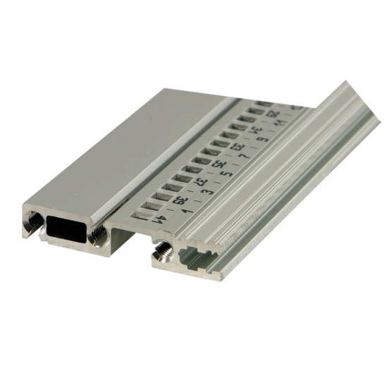 """Horizontal rail, rear, type R-VT, """"rugged"""", for direct backplane fixing (EuropacPRO)"""